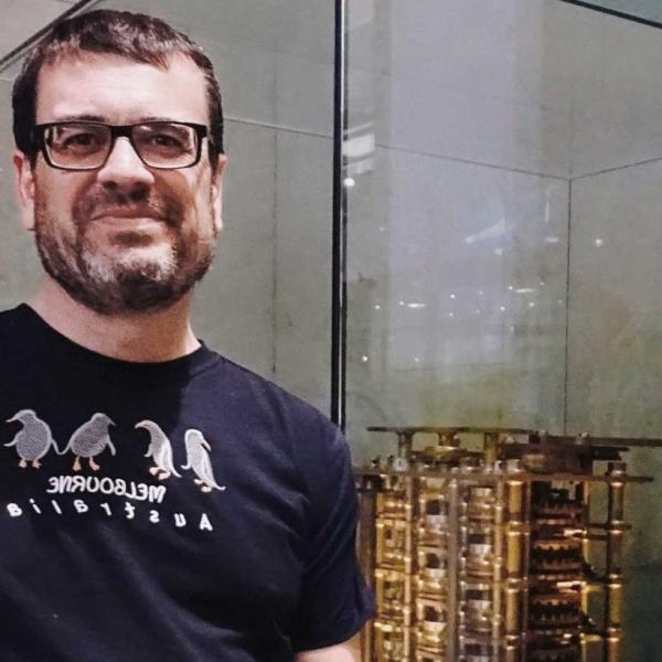 """Carles Sierra: """"Los países han de acelerar la formación de los docentes en inteligencia químico"""""""