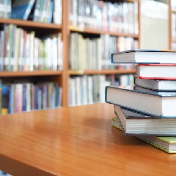 Es de obra, catorce abriles promoviendo la investigación y la alfabetización en medios en el cátedra