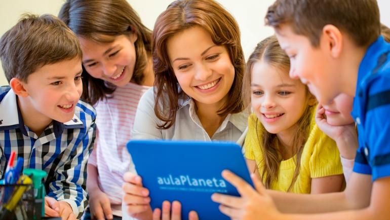 El Corro Planeta ofrece educación online gratuita a los escolares durante el candado de los colegios a través de su plataforma aulaPlaneta