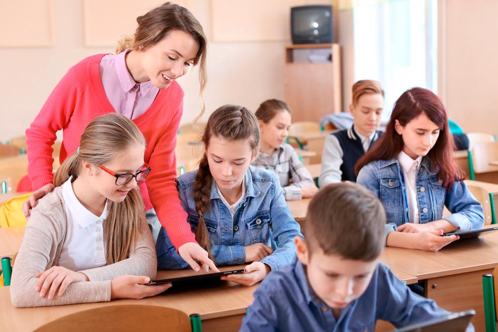 El uso de entornos digitales de formación en el centro educativo ADN ha facilitado la amoldamiento de docentes y alumnados a la clases a distancia.