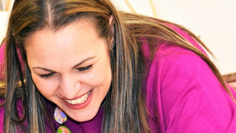 """Andria Zafirakou: """"Como docente vas a influir en las mentes y los corazones de miles y miles de personas"""""""