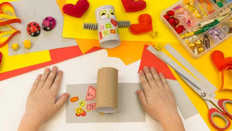10 beneficios de las manualidades para los niños