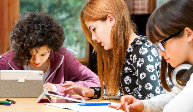 Comentario en 25 herramientas TIC para aplicar el aprendizaje colaborativo en el aula y fuera de ella [Infografía] por Mercedes Barragan